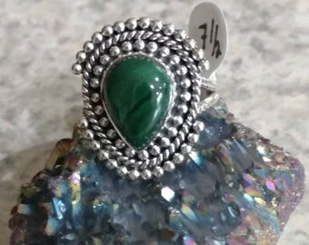 Bright Green Malichite Ring Size 7 1/2
