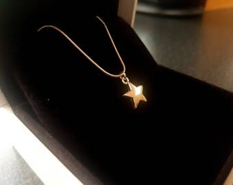 "Star Charm 18"" Necklace, Silver plated snake chain"