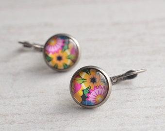 Aloha - Hawaiian Flower Dangle Lever Back Earrings
