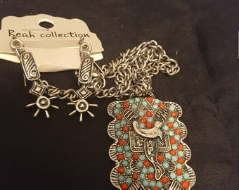 Turquoise Style Necklace With Earrings