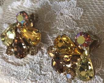 Stunning Weiss gold topaz rhinestone earrings