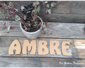 Name height 7.5 cm thickness 3 mm raw wooden letter