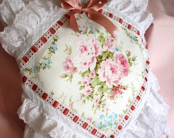 Cushion cover, shabby chic, English roses, old Ribbon, eyelet embroidery vintage past.