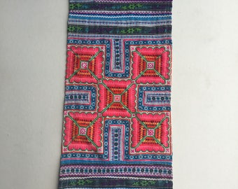 """BIG SALE!!! 19""""X9.25"""" Vintage Hmong fabric embroidery textile ,Hmong textile art,supplies, textile tribal,Vintage embroidery Tapestry"""