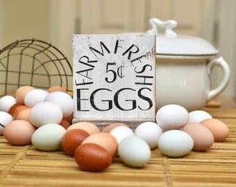 Farm fresh eggs farmhouse style sign - kitchen sign - farmhouse decor - kitchen decor - fresh eggs sign - housewarming gift