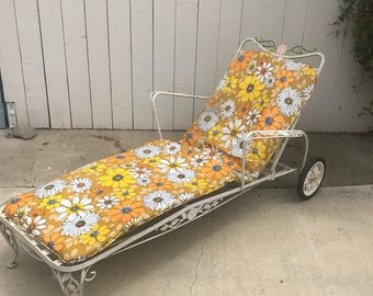 vintage metal lounge chair