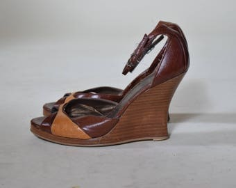 Vintage 1970/80's Baker disco wedges /stacked wooden heel/2 tone leather/ open toe/ hippie retro ankle straps sandals women's size 7
