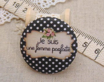 x 1 28mm fabric button I am perfect ref A7