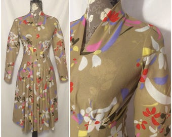 Vintage 1960s/70s Floral Pleated Dress // S