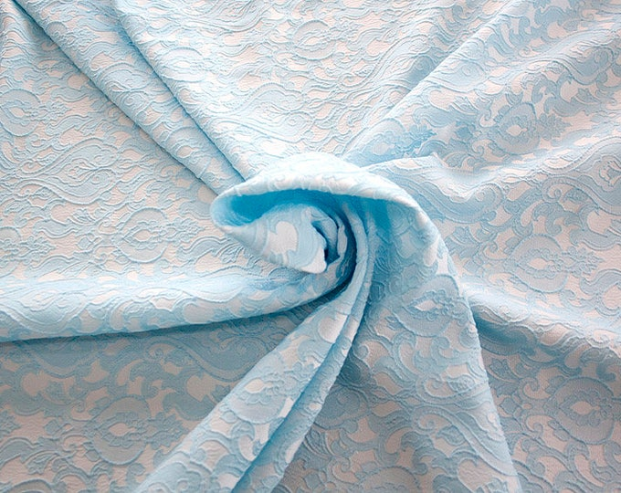 990071-144 Brocade-95% PL, 5% PA, width 130 cm, made in Italy, dry cleaning, weight 205 gr