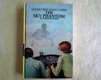 Nancy Drew Mystery Series - The Sky Phantom - Carolyn Keene