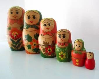 Russian Nesting Dolls vintage