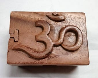 Om, puzzle jewelry box, wood carving (#bxom5_4_3)