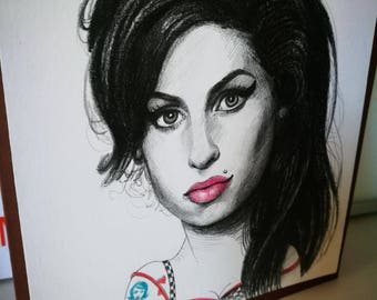 Amy Winehouse. Mini portrait. 14x14 centimeters Original drawing made in pencil.