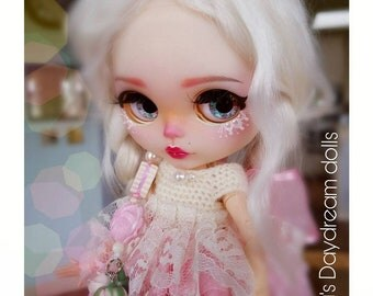 Available! Blythe doll – Blythe – ooak – doll – doll repaint – custom blythe doll – LAYOUT plan available