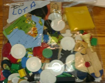 one pound toy game peace token junk drawer Lot A