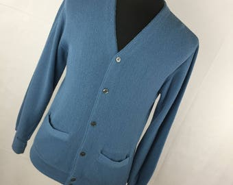 Vintage Cardigan Sweater Men's S Small 34 36 Dusty Blue V Neck Button Down Front The Fox Collection Made In USA D2