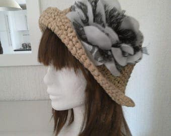 Retro beige raffia, white and Black Lace, crocheted removable flower brooch style summer Hat