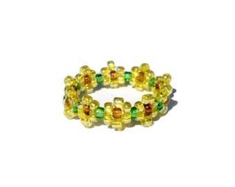Sunflower bead flower ring, bead ring, flower bead ring, seed bead ring, sunflower ring, flower rings, handmade ring, beaded ring, beaded j