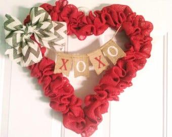 XOXO Heart Wreath, Valentine's Day Wreath, Valentine's Day Decor, Red Burlap Heart Wreath, XOXO banner