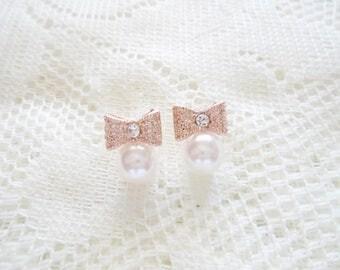Rose gold bow stud earring, Pearl earring