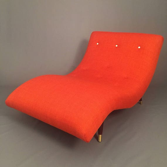 Mid-Century Wave chaise lounge style of adrian Pearsall