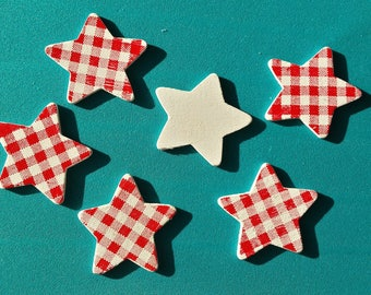 Set of 6 Christmas red gingham wooden stars