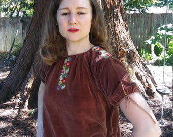 Reserved // 1940s brown embroidered velveteen blouse // xs