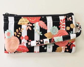 20% OFF SALE Piper Floral Wristlet // Ready To Ship // Clutch // Wallet