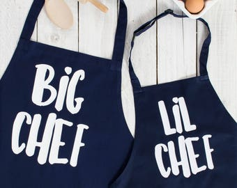 Mum Apron Set - Chef aprons for Mum and child - Apron for family baking - in the kitchen with Mum - Big Chef Lil Chef Apron Set