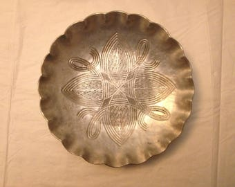 Canterbury Arts Aluminum Bowl ~ Celtic Knot Design from the 1940s