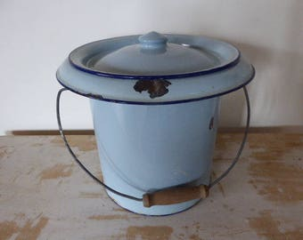 Vintage French Enamel Bucket and Lid, French Farmhouse 0218012-529
