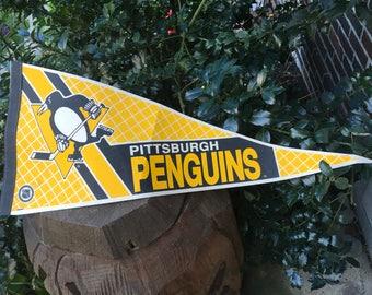 1980's Pittsburgh Penquins Vintage Pennant Felt Banner Flag