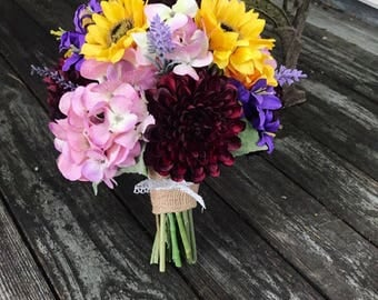 Sunflower Dahlia Hydrangea bridal bouquet