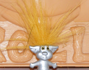 "Troll Doll Jewelry, Silver Troll Doll Resin Brooch, Pin, 1.5"" H, Sunshine Hair"