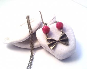 Necklace in bronze and Red bowtie