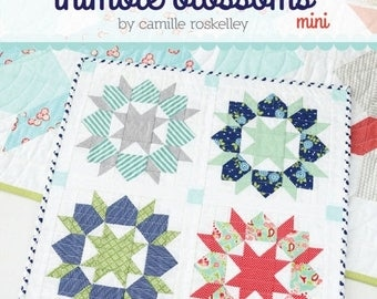Sale Mini Swoon Quilt Pattern from Thimble Blossoms, Wall Hanging, Mini Quilt