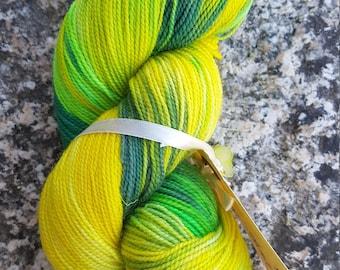 Hand dyed sock yarn BFL 100g. Fields of Cornish Gold