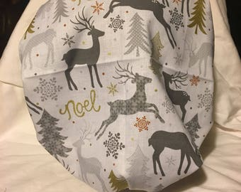 Reindeer Christmas bouffont style scrub cap