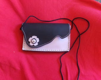 small pouch very feminine all leather