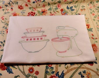 Hand Embroidered Mid Century Flour Sack Dish Towel