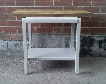 Retro Vintage Coffee Table Occasional Table Painted Furniture Reclaimed Wood Table Upcycled Coffee Table Upcycled Furniture Scaffold Furnitu