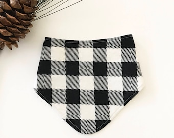 ONE - Bandana Bib, Teething bib, Drool bib, Black and white buffalo plaid, Flannel Bib
