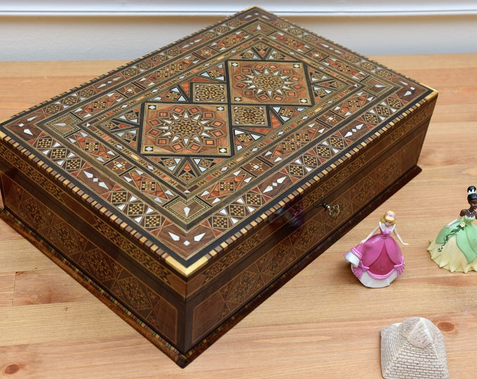 Tea Box, chocolate Box, Multipurpose wooden Box, mother of pearl, Syrian mosaic, wood box, marquetry wood box