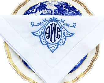 Bell Wreath Monogrammed Linen Dinner Napkins - Monogrammed Linen - Vintage Monogram - Heirloom Linens - Housewarming Gift - Linen