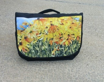 Black-Eyed Susan Messenger Bag