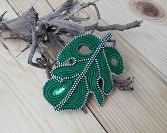 leaf brooch Ooak unique gift Botanical jewelry Green leaf brooch Tropical leaf Tropical jewelry Jewelry botanical Zipper jewelry