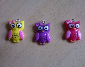 SET WITH 3 SMALL NEW OWLS