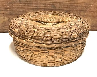 Antique Large Wicker Sewing Basket, Straw Sewing Basket, Old Sewing Basket, Collectible Sewing Basket
