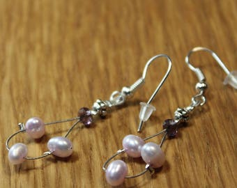 Earrings with freshwater Pearl Pink and purple glass bead A3